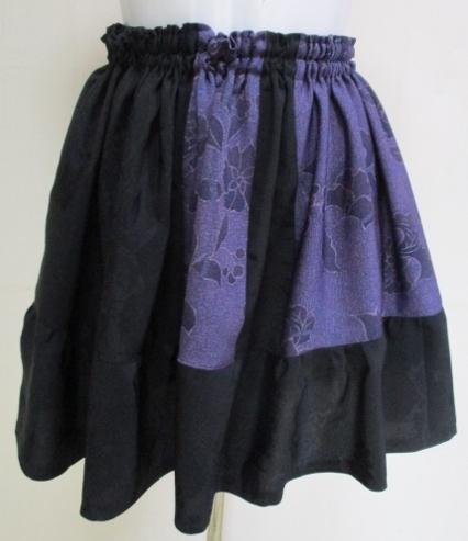 着物リメイク 黒羽織と花柄の着物で作...