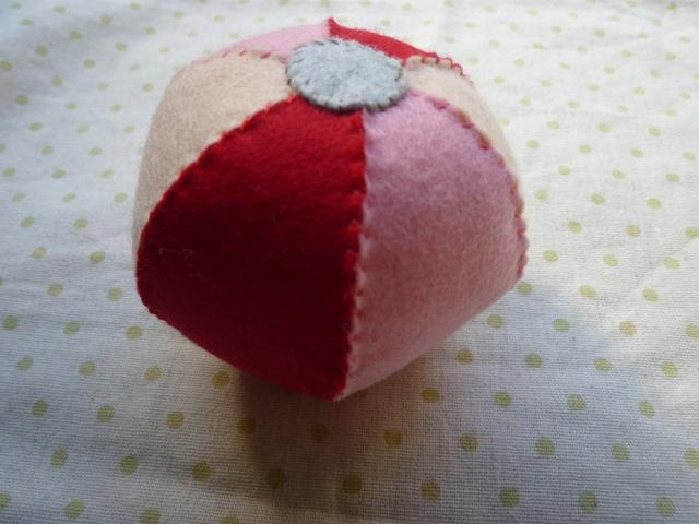 <再販>鈴入りボール(赤系)