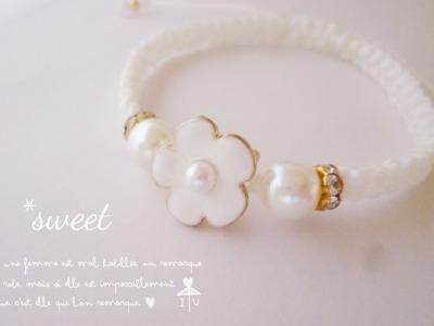 【再々販】Vol.3 *white flower コードブレスレット