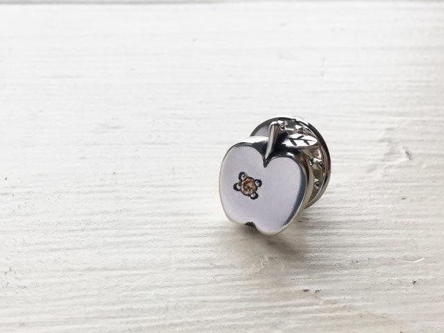 りんごのラペルピン/ダイヤVer.(Xmas限...