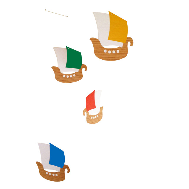 4色の帆船