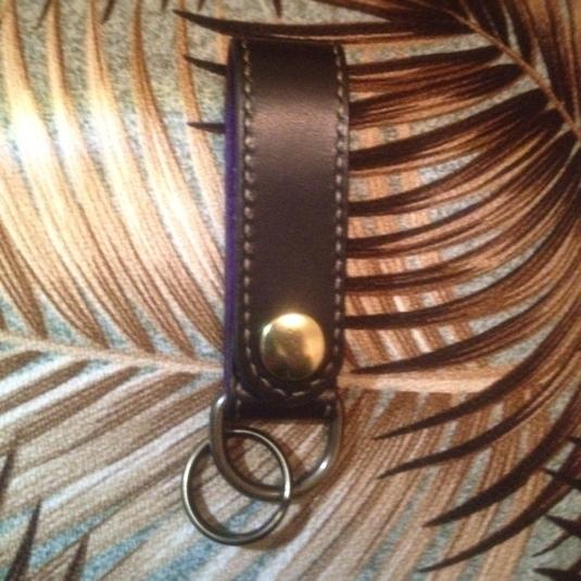 ベジタブルタンニン牛革&ピッグスエード 真鍮金具 真鍮スタッズキーホルダー