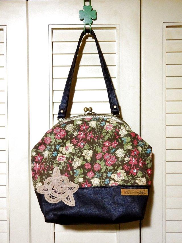 花柄×バテンレースのがま口バッグ