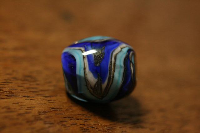 glass beads(とんぼ玉)面アリマーブル/アース