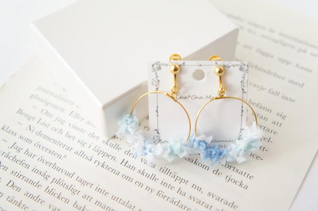 winter Blue の フープイヤリング or ピアス