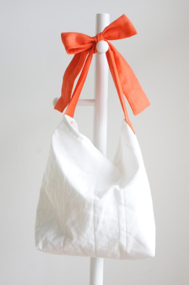 【L】リネンキルティングリボンのバッグ(コーラルオレンジ )