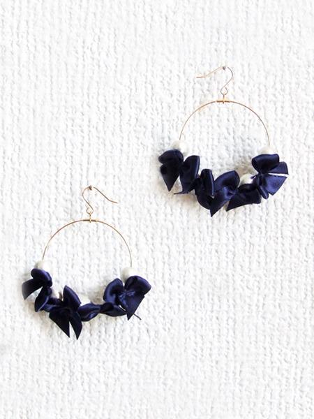 ribbon & cottonpearl pierce 【ネイビー】