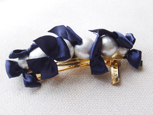 ribbon & cottonpearl barrette 【ネイビー】