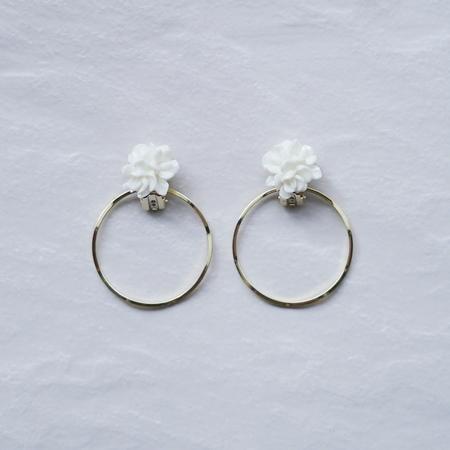 -white floribunda x ring-