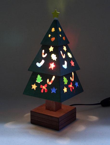 木とガラスのクリスマスツリー(緑)