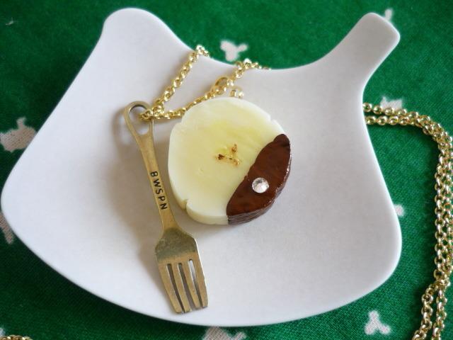 チョコがけバナナのネックレス