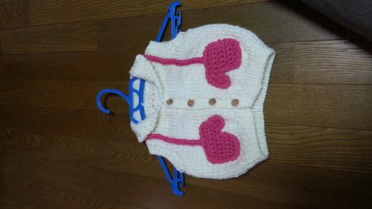 子供用手編みベスト
