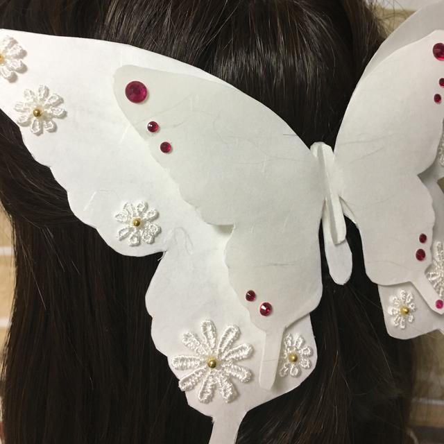 【一点モノ】和紙でできた蝶のバレッタ