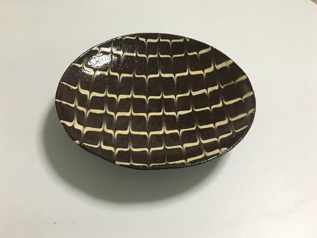 12~13cm スリップウェア 皿(矢羽根)