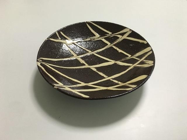 14~15cm スリップウェア 皿(線紋)