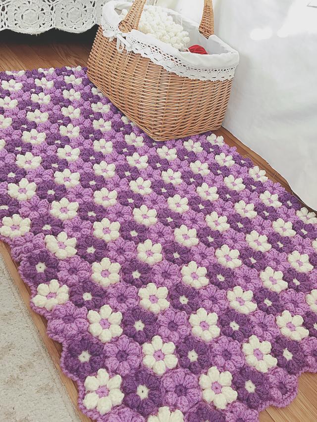 手編みの角座 お花モチーフ パープル