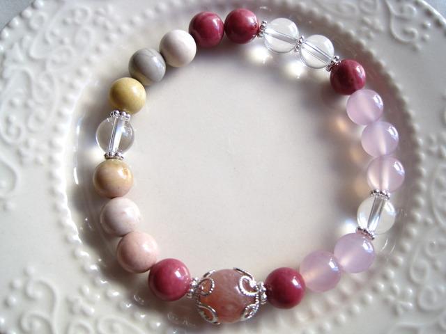 天然石5種のブレスレット(ピンク系)