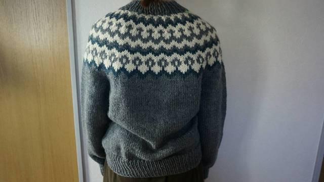 婦人用丸ヨークのセーター