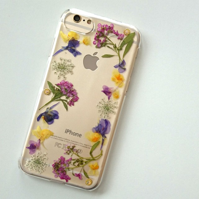 how to get photos from iphone to ipad 押し花のiphoneケース frame flower アリッサム ハンドメイドマーケット minne 20874