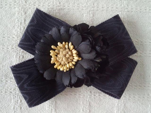 和風リボンと染め花の2wayコサージュ(黒)