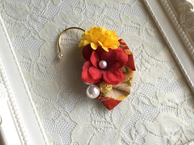 お花の和風イヤーフック
