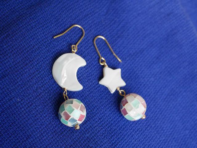 カラフルシェル&月と星のピアス