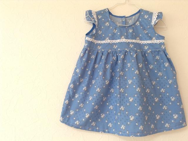 YUWA ブルーのお花のワンピース 90