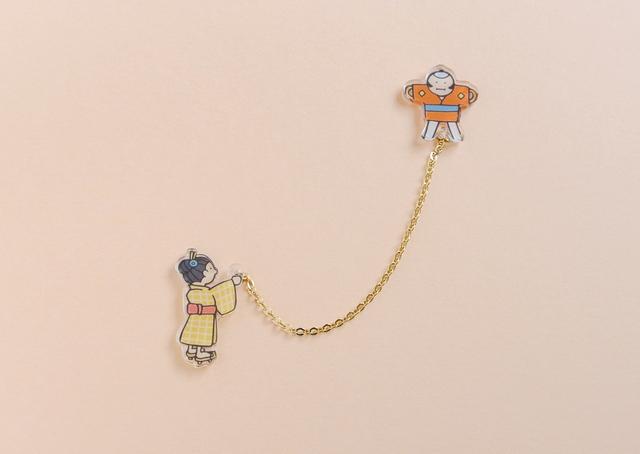 凧揚げのブローチ