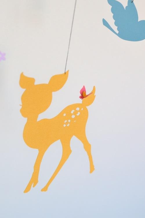 <再販>バンビと鳥と蝶のモビール(カラフルver.)