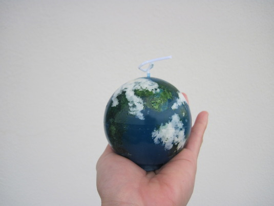 地球はあなたの手の中にろうそく3