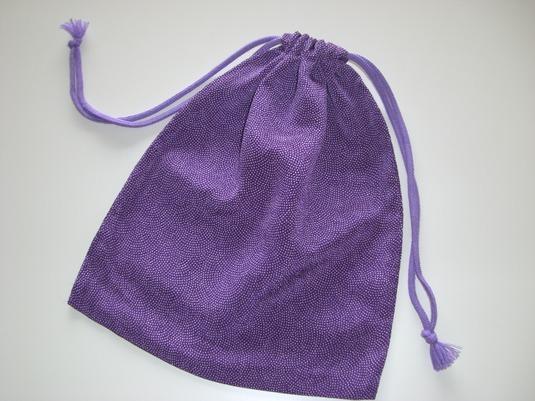 風呂敷の生地で作ったダブル紐の袋