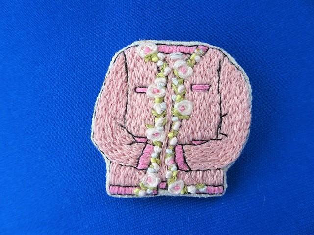 カーディガン型ブローチ(ピンク)