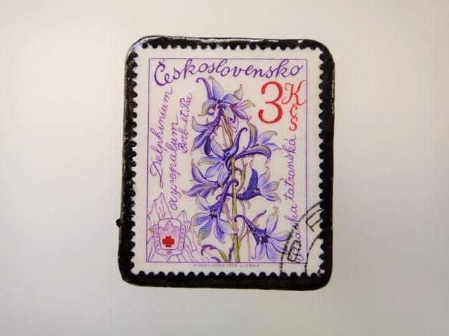 チェコスロバキア 花切手ブローチ2149
