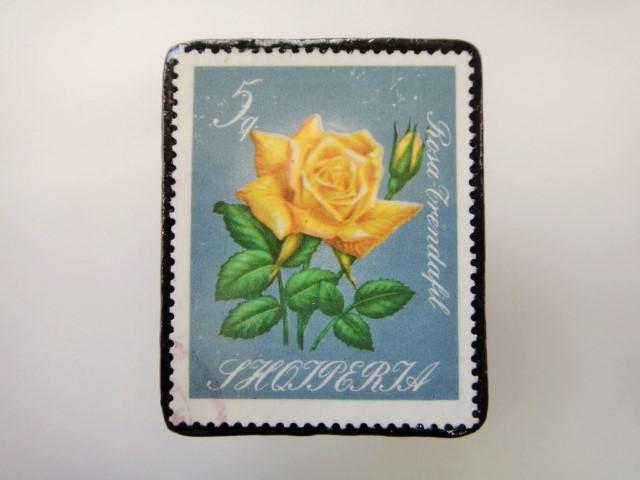 アルバニア 薔薇切手ブローチ2154