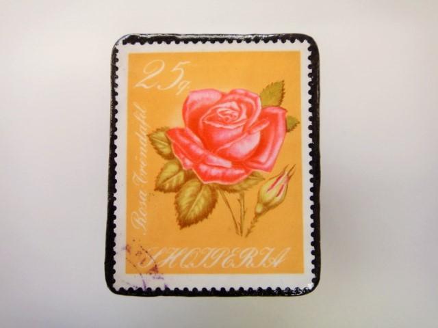 アルバニア 薔薇切手ブローチ2157
