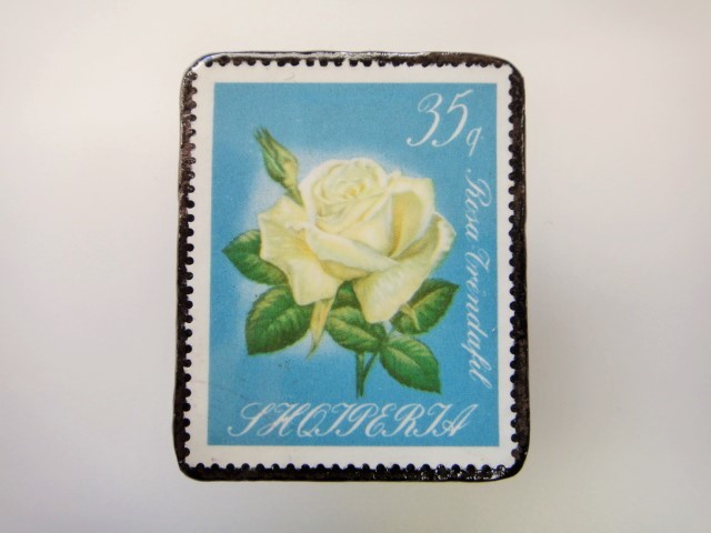 アルバニア 薔薇切手ブローチ2158