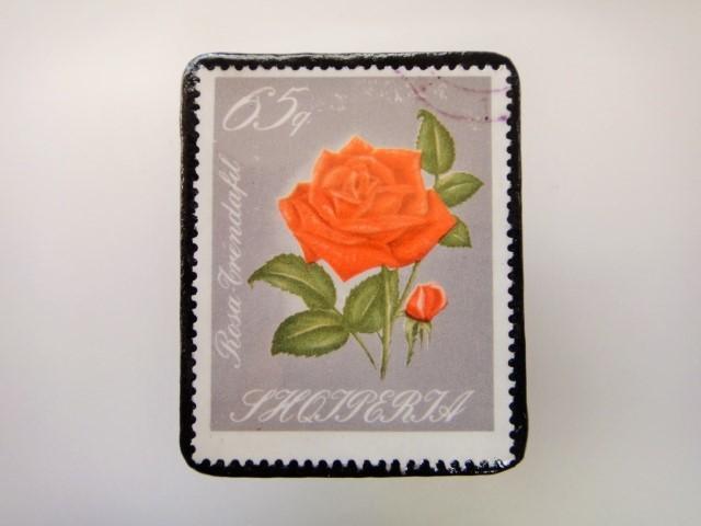 アルバニア 薔薇切手ブローチ2159