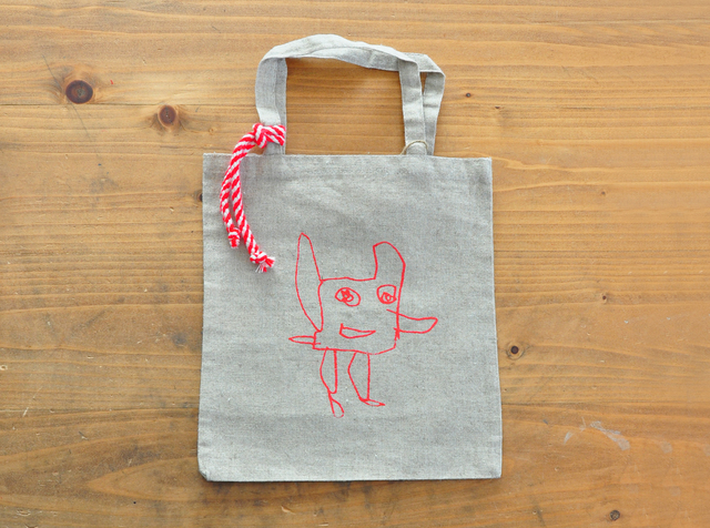 Children's Drawings コットンリネンバッグ。(カメラちゃん)