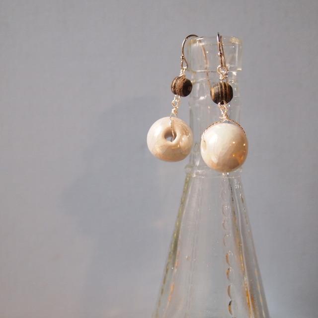 Cracked ceramic beads earrings