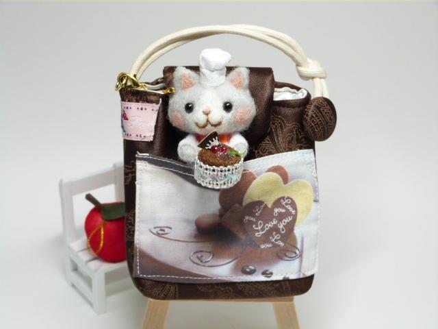 「チョコレートケーキ出来ました 」猫パ...