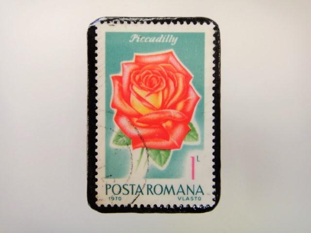 ルーマニア 薔薇切手ブローチ2161