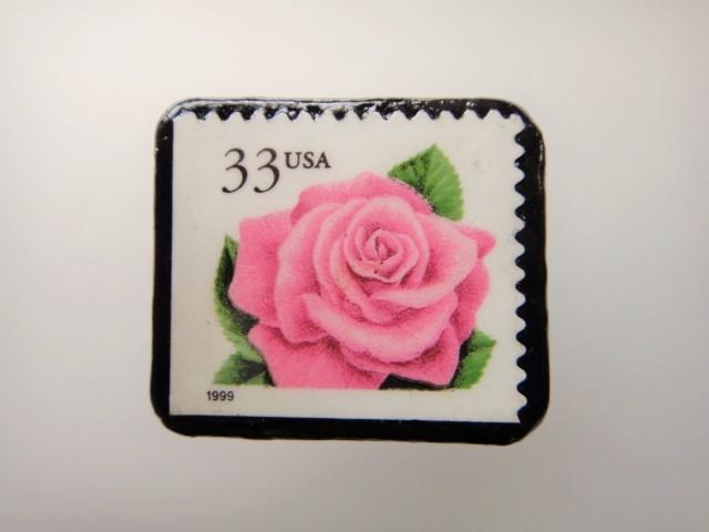 アメリカ 薔薇切手ブローチ 2169