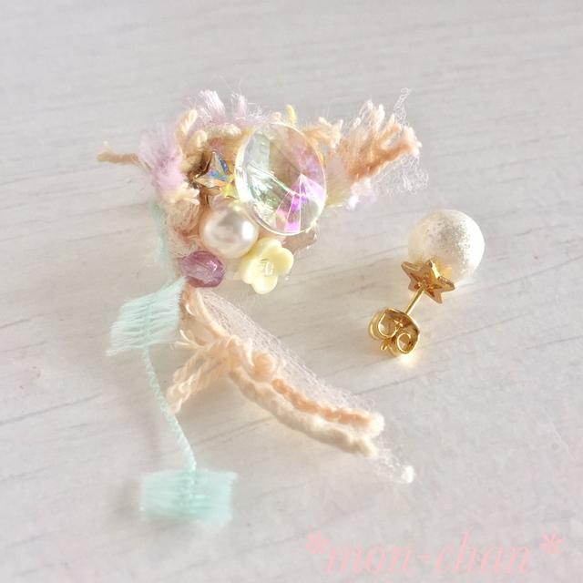 シャイニーパールと花束みたいな春色ピアス