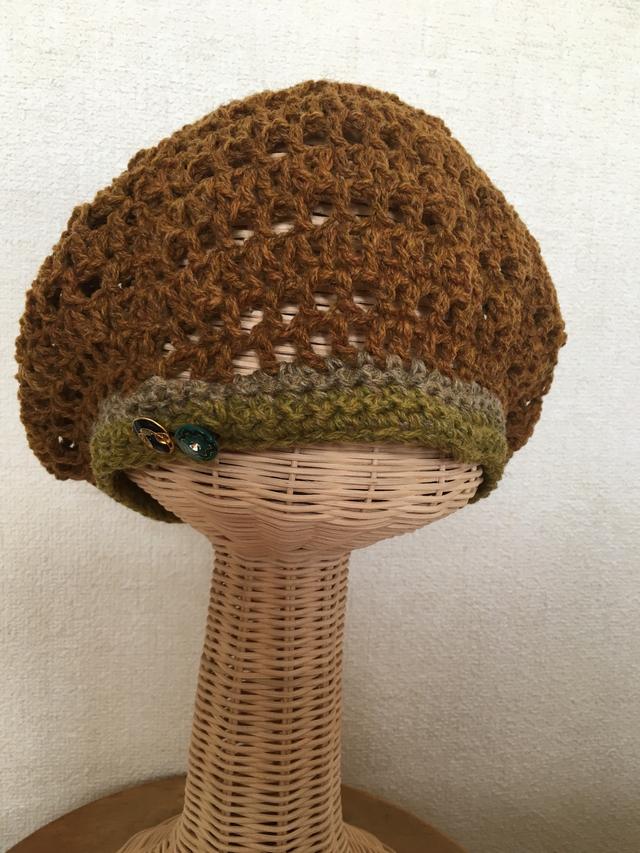 ベレー風ニット帽