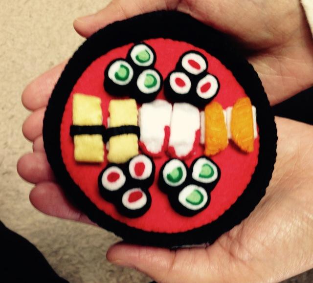 手のひらサイズのお寿司盛り