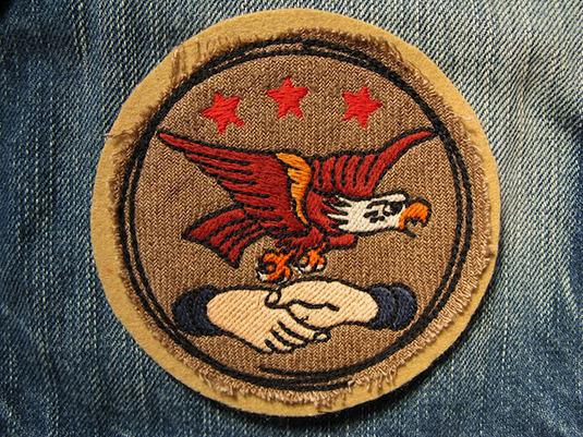 『SHAKE HANDS EAGLE』FELT×LINEN 刺繍ワッペン