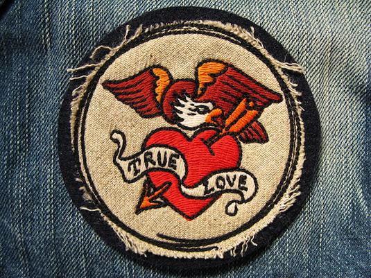『TRUE LOVE EAGLE』FELT×LINEN 刺繍ワッペン