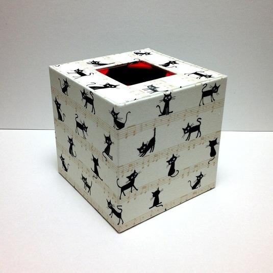 ティッシュボックス(猫柄 白)