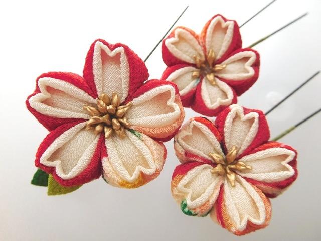 カラフル花柄×クリーム色 桜のUピン*...