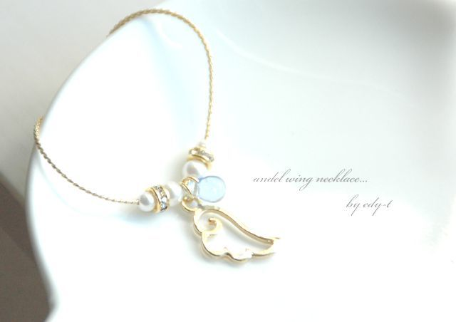 angel wing necklace